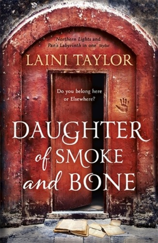 Daughter of Smoke & Bone (Daughter of Smoke & Bone 1)